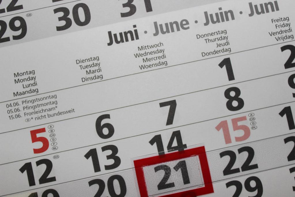 calendar with expiry date